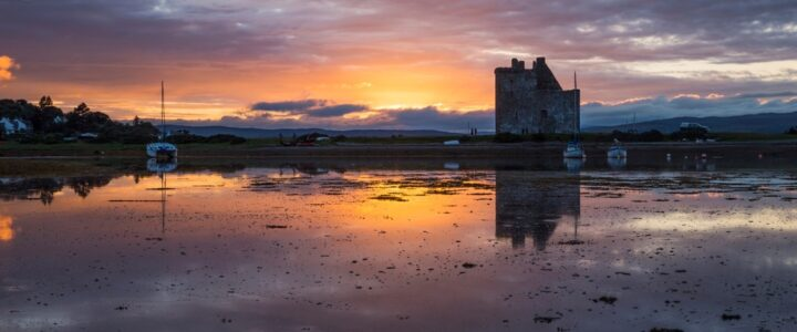 Book and stay at a luxury Loft apartment in Ayr and visit the beautiful Island of Arran